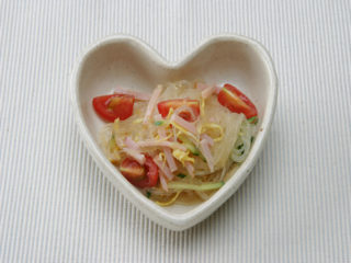 保育園の煮物・和え物レシピ(春雨サラダ)