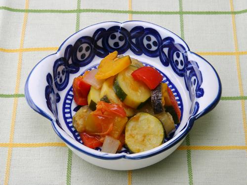 保育園の煮物・和え物レシピ(夏野菜のトマト煮)