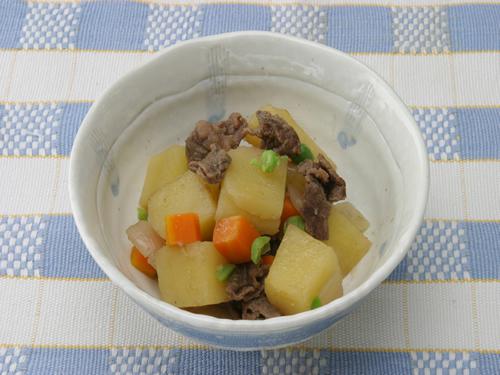保育園の煮物・和え物レシピ(肉じゃが)
