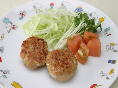 保育園の焼き・炒め物レシピ(つくね団子の照焼き)