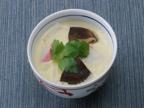 保育園の煮物・和え物レシピ(うどんの茶碗蒸し)