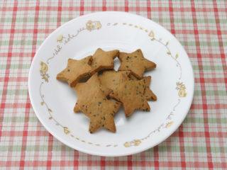 保育園のおやつレシピ(きなことごまのクッキー)